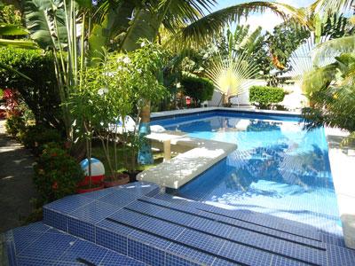 Tropical garden residence galera de fotos de los apartamentos con aire acondicionado internet - Apartamentos tropical garden ...