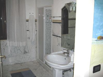 Villa florencia appartamenti italiani di lusso in stile - Bagni italiani recensioni ...