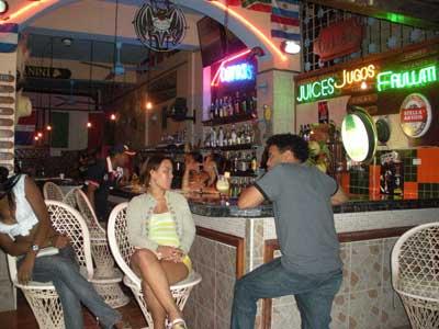 Chica dominicana de badoo masturbandose en webcam - 3 part 1